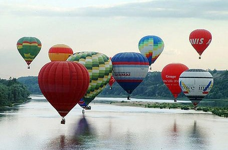 Ballooning in the Loire Valley